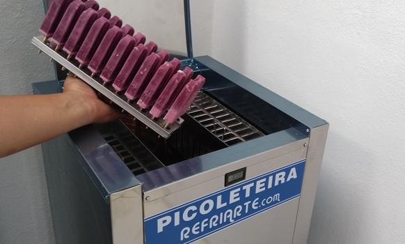 Maquina de picolé PC-324